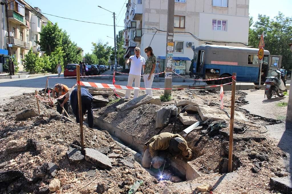Ремонт теплотрасс на ул. Рабочая и ул. Горпишенко