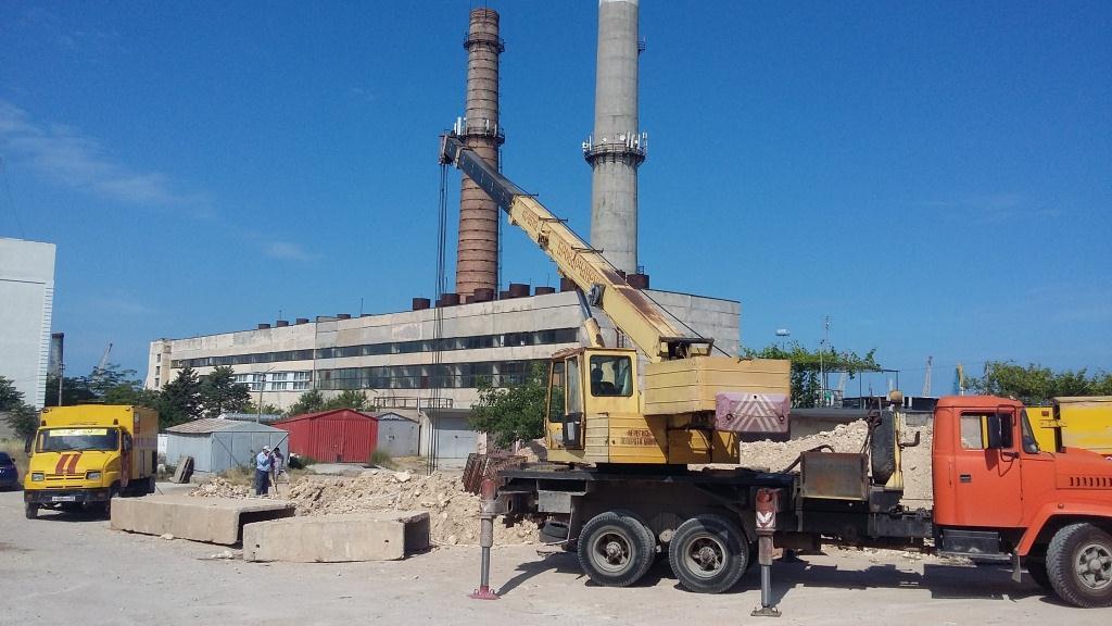 Специалисты «Севтеплоэнерго» провели работы по замене аварийного участка теплотрассы  в районе котельной Рыбаков,1
