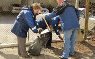 Сотрудники «Севтеплоэнерго» наводят порядок на территории объектов теплового хозяйства
