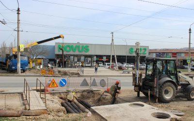В рамках комплексного благоустройства пр. Победы Специалисты «Севтеплоэнерго» заменили участок теплотрассы под дорогой