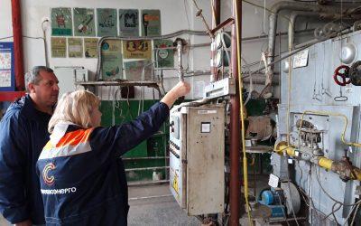 Сотрудники «Севтеплоэнерго» проводят практические занятия для будущих операторов котельных