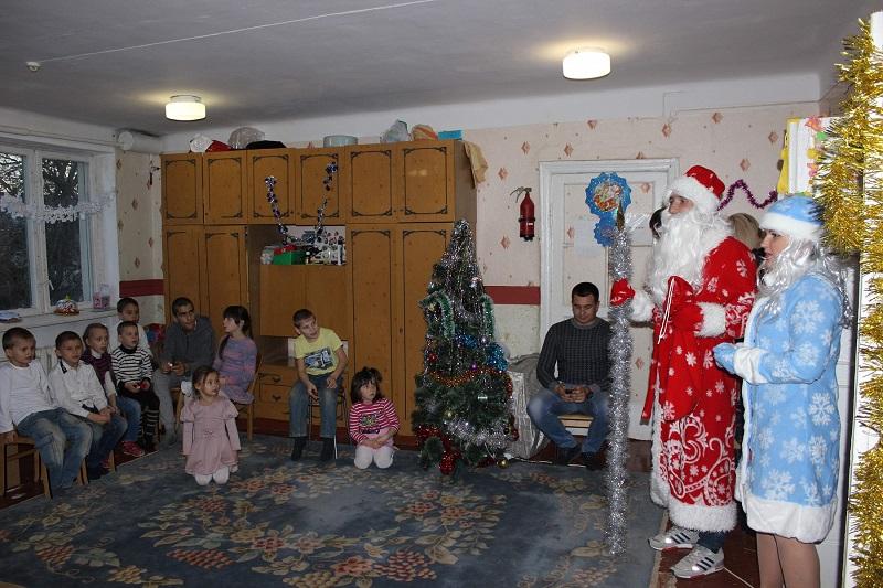 Сотрудники «Севтеплоэнерго» подарили детям новогоднее настроение